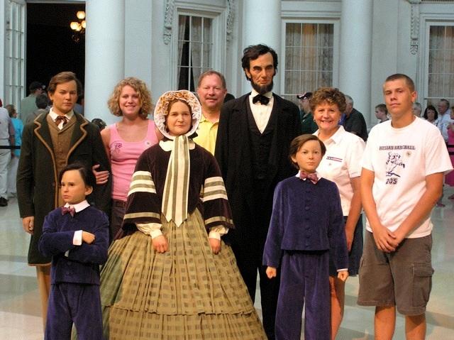 Lincoln Fam Pic